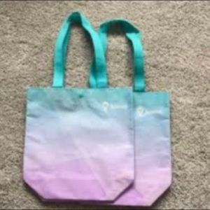Blue and purple Ivivva reusable bag